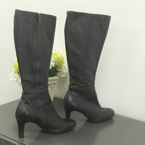 Ann Taylor Loft brown leather boots size 7.5
